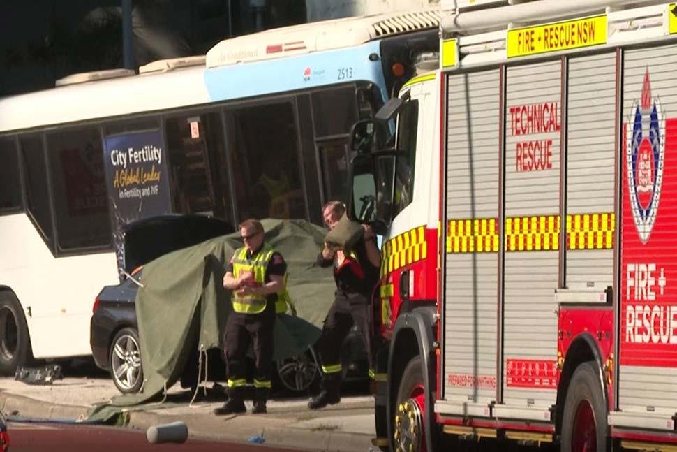 버스 충돌로 운전자 사망