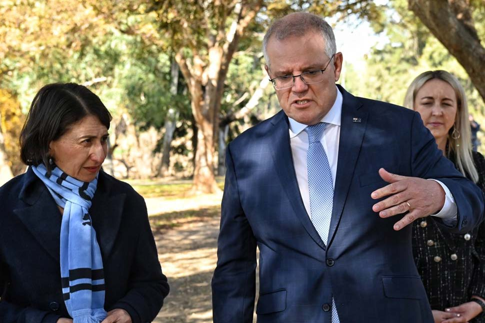 Both NSW Premier Gladys Berejiklian and PM Scott Morrison have called for states to remain open where possible.CREDITNICK MOIR