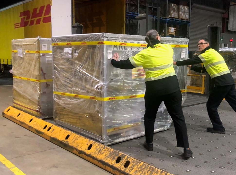 As part of the deal, Australia will send doses back to Singapore later this year.(ABC News Nicolas Perpitch)